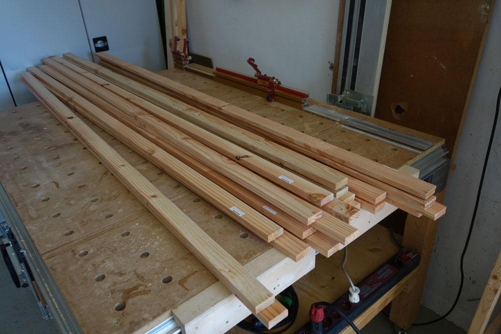 2m lange 4cm Breite Latten aus Douglasienholz