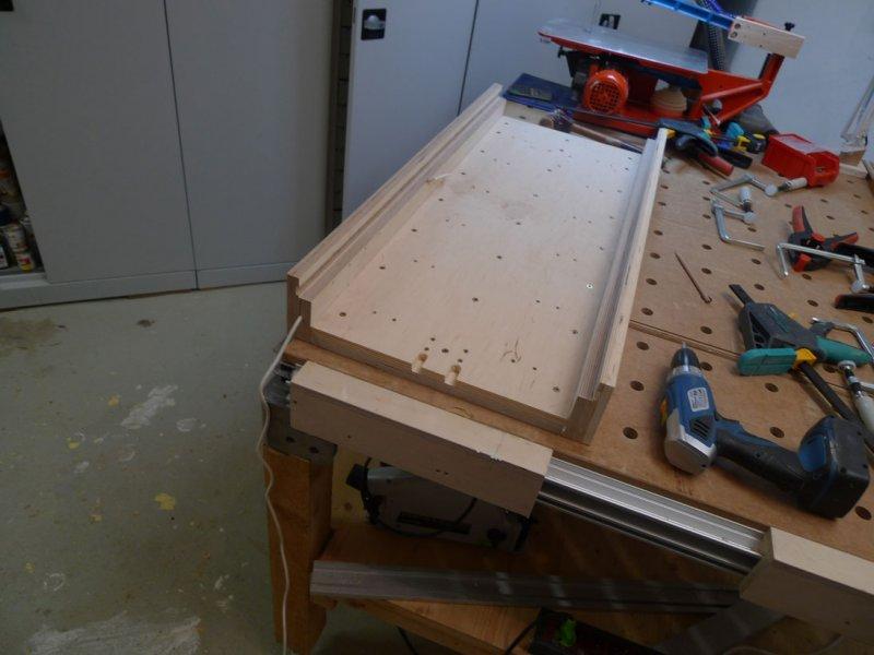 Fertiger Boden mit den Seitenteilen