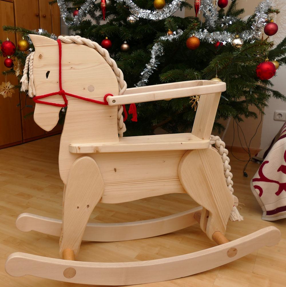 Schaukelpferd als Weihnachtsgeschenk :)