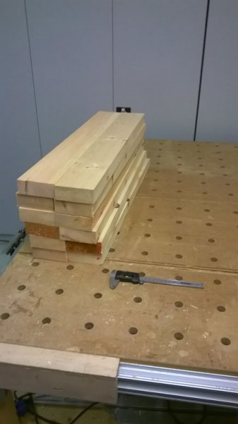 GB2-23-Auf 750mm Länge gesägte Bretter für Kopf- und Fußteil