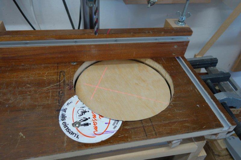 sBohrtischständer-Runde-Unterlage-2
