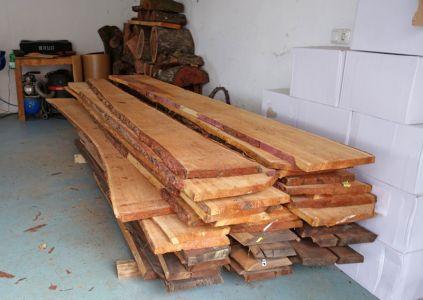 Ausgangsmaterial Lärchenholz mit 35mm Stärke