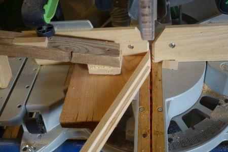 Zwecks besserem Händling, Oberträgerleisten schräg schneiden
