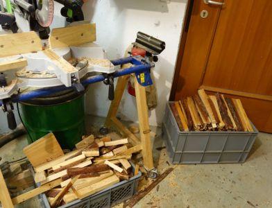 Nebenbei entsteht viel Brennholz