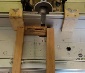 Das 8mm Langloch wurde mittels Einsetzfräsen hergestellt