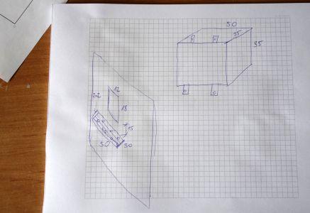 Grobe Skizze mit Maßangaben