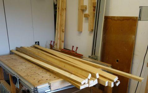 Sägerauhe Dachlatten auf 2m zugeschnitten