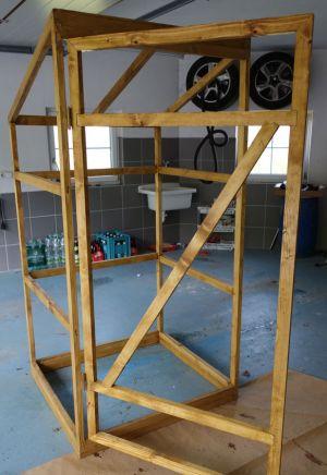 Türe mit Holzschutz versehen
