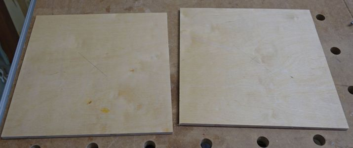 Ausgangsmaterial sind zwei Multiplexplatten in 10mm Stärke