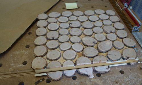 Palmkätzchen-Deckel auf Maß sägen