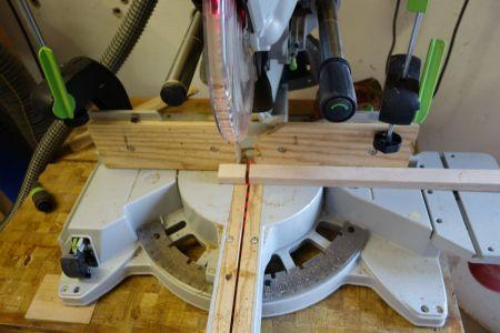 Stifthalterblock mit 15x30mm aus Restholz abgesägt