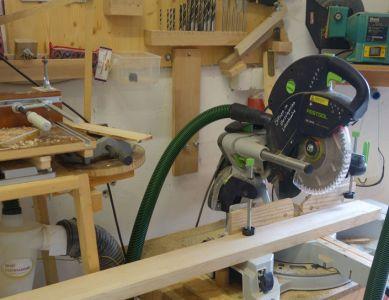 Ausgangsmaterial ist Esche mit 35mm Stärke und 100mm Breite