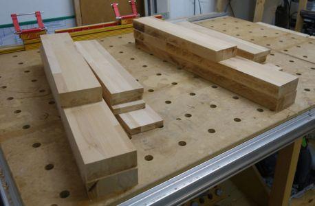 Übersicht über die notwendigen Einheiten für das Tischgestell
