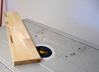 Alle Teile mittels Abrundfräser (5mm) abgerundet