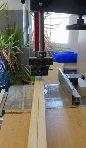 Vorrätige Buchenhölzer (1500x110x50) mittig aufgetrennt