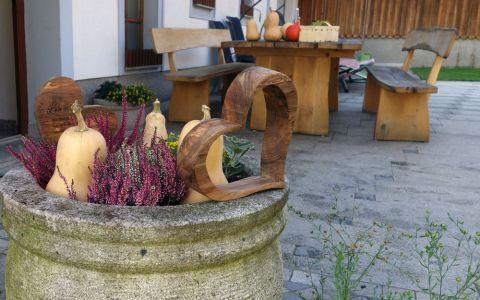 Weiteres Holzherz aus Walnussholz