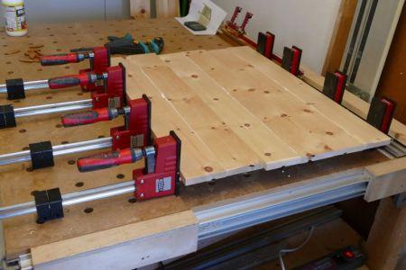 GB2-33-Jedes zweite Brett leimen um es dann fräsen zu können