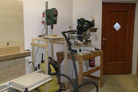 Ständerbohrmaschine und Kappsäge